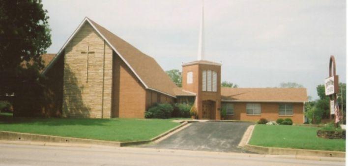 Berryville United Methodist Men Provide Snacks for Hungry School Children